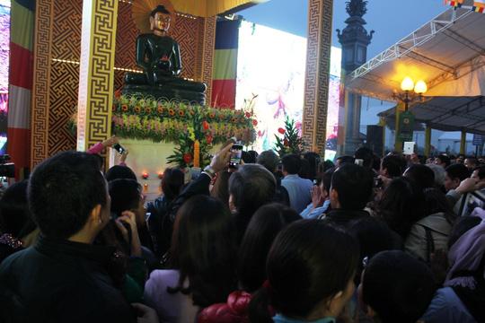 Tượng Phật ngọc lớn nhất thế giới đến Quảng Bình - 5