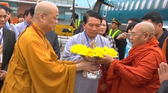 Tượng Phật ngọc lớn nhất thế giới đến Quảng Bình - 6