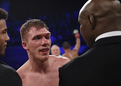 """Boxing: Cha xin con đừng """"phế võ công"""" đối thủ - 6"""