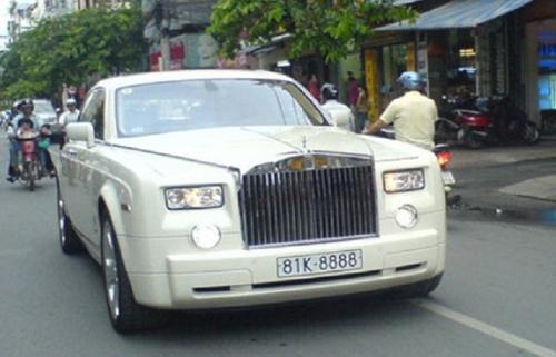 Rolls-Royce ở Việt Nam chỉ đeo biển số đẹp? - 4