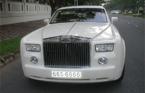 Rolls-Royce ở Việt Nam chỉ đeo biển số đẹp? - 6