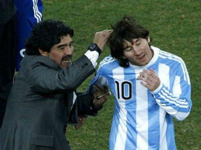Đội hình vĩ đại nhất: Messi sánh ngang Pele, Maradona - 2