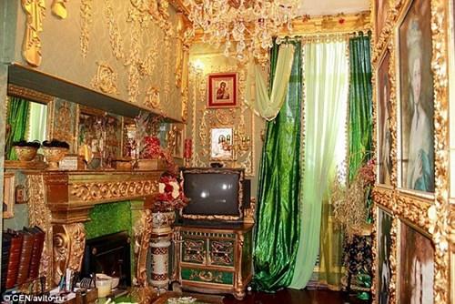 Căn hộ giá 2 tỉ đồng dát vàng từ phòng khách đến toilet - 2