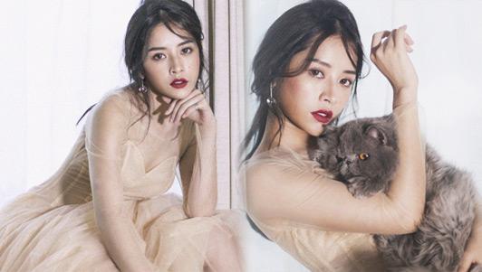 Chi Pu hé lộ clip hậu trường chụp ảnh gợi cảm