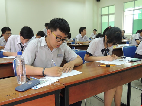 TP.HCM: Gần 56.000 học sinh thi THPT quốc gia tại bốn cụm - 1