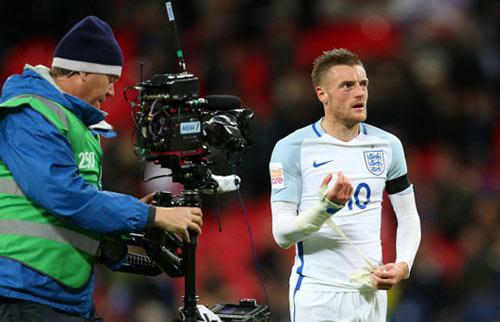Vardy rực sáng, Rooney nguy cơ người thừa ở Euro 2016 - 1