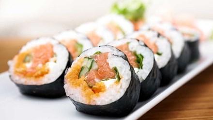 Sống lâu hơn nhờ ăn sushi - 1