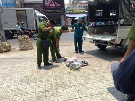 7 phút hoảng loạn khi hai cô gái bị tạt axit tại Sài Gòn - 4