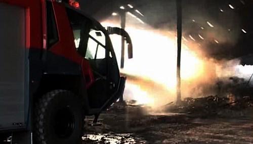 Bộ Công an vào cuộc điều tra vụ kho mì cháy suốt 7 ngày - 4