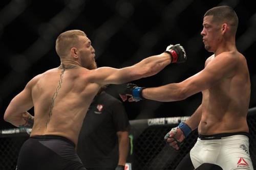 """Chính thức chốt ngày """"Gã điên UFC"""" trả nợ Diaz - 1"""