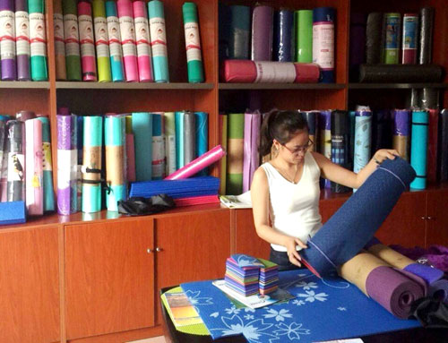 Thảm tập yoga Trung Quốc có độc - 1