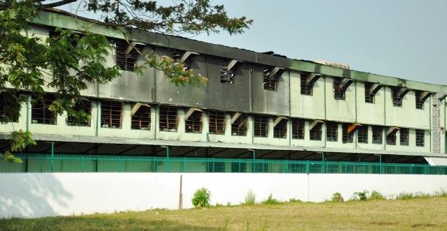 Nhà xưởng 3000m2 bị thiêu rụi sau tiếng nổ lúc rạng sáng - 3