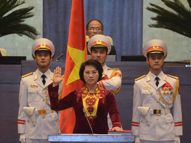 Ba Nguyen Thi Kim Ngan lam Chu tich Quoc hoi - 1
