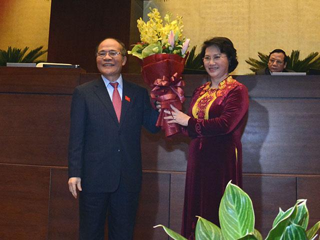 Bà Nguyễn Thị Kim Ngân trở thành nữ Chủ tịch QH đầu tiên - 4
