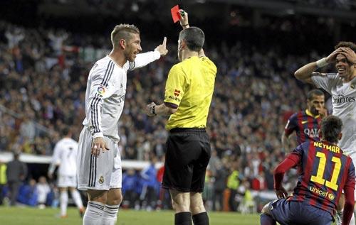 """Barca-Real: """"Nghệ sỹ"""" Messi đấu """"đồ tể"""" Ramos, Pepe - 3"""