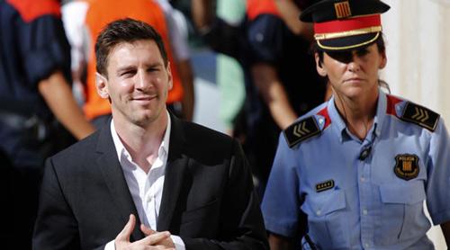"""Muốn """"đổi gió"""", Messi tìm đường đến Real Madrid - 2"""