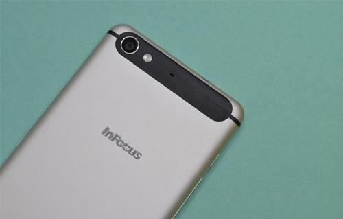"""InFocus V5 """"lên ngôi"""" nhờ cấu hình khủng, thiết kế đẹp, giá rẻ - 4"""