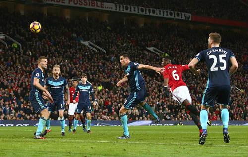 """MU - Middlesbrough: Ngược dòng """"nghẹt thở"""" trong 1 phút - 2"""