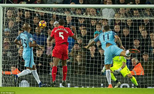 Thắng Man City, Liverpool đủ khiến Chelsea e sợ - 1