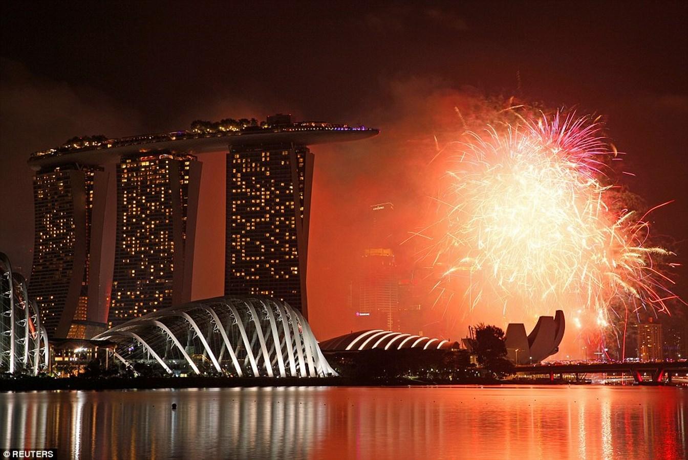 Chiêm ngưỡng pháo hoa choáng ngợp khắp thế giới - 7