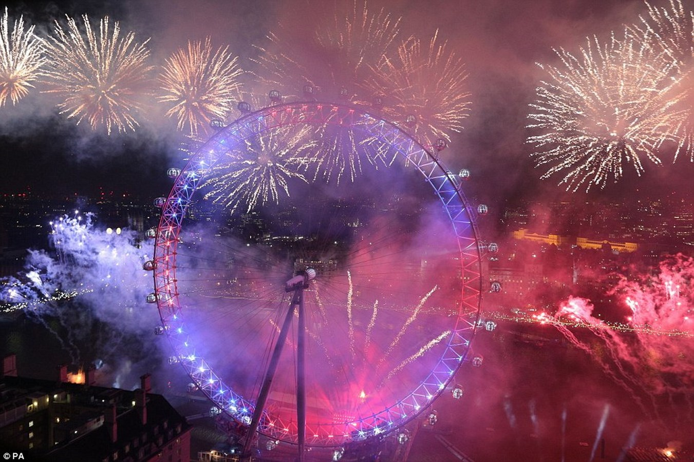 Chiêm ngưỡng pháo hoa choáng ngợp khắp thế giới - 10