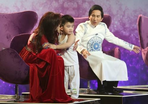 Con trai Kim Tử Long đáng yêu khi phụ diễn cho học trò của bố - 7