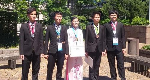 Những người trẻ làm rạng danh Việt Nam năm qua - 5