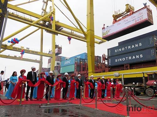 Hàng qua Cảng Đà Nẵng lần đầu tiên vượt mức 7 triệu tấn/năm - 1