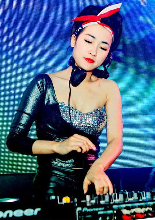 17 ngôi sao tuổi Dậu nổi tiếng nhất showbiz Việt - 7