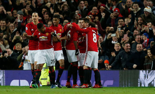 MU: Mourinho hãy công bằng với Mata - 1