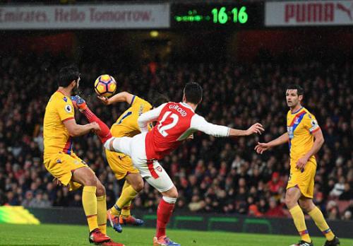 Arsenal - Crystal Palace: Bùng nổ nhờ bàn thắng không tưởng - 1
