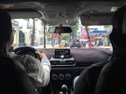 Cước taxi giá rẻ... nhảy múa - 1