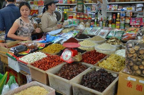 Nhập khẩu hàng hóa từ Trung Quốc xấp xỉ 50 tỉ USD - 1