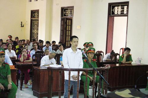 Đau lòng nước mắt trẻ thơ trong phiên tòa xử cha giết mẹ - 2