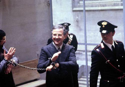 Băng nhóm mafia tàn bạo nhất ở Ý, không tha cả trẻ em - 1