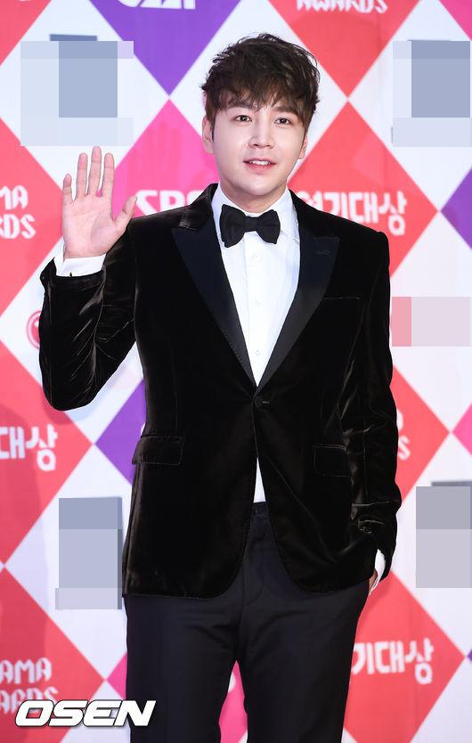 Song Hye Kyo đẹp như nữ thần trên thảm đỏ - 14