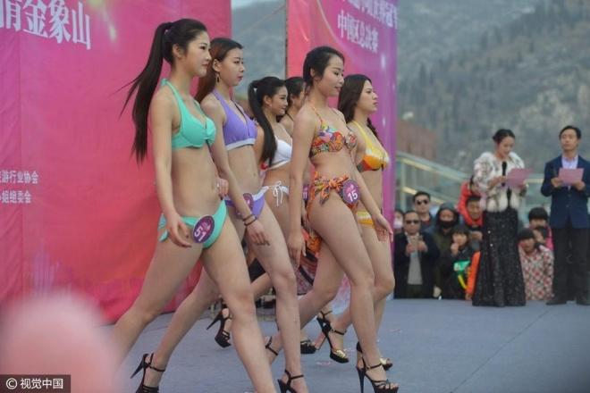 TQ: ''Tái mặt'' với dàn mỹ nữ diện bikini giữa trời tuyết - 5