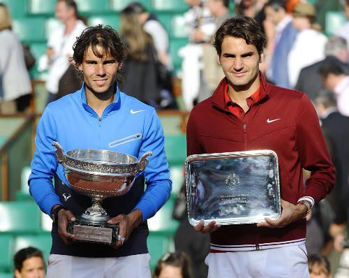 Tennis 24/7: Federer vẫn bị Nadal ám ảnh ở sân đất nện - 1