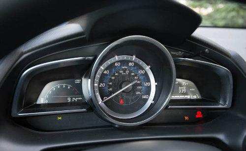 Đánh giá 2017 Toyota Yaris iA giá 383 triệu đồng - 4