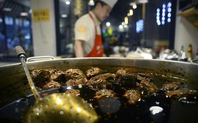 Trung Quốc lên cơn sốt món ăn từ đầu thỏ - 1