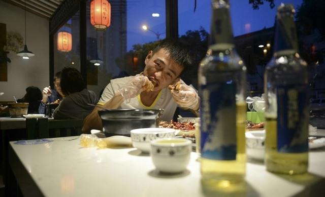 Trung Quốc lên cơn sốt món ăn từ đầu thỏ - 2