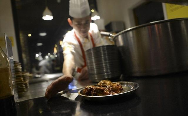 Trung Quốc lên cơn sốt món ăn từ đầu thỏ - 3