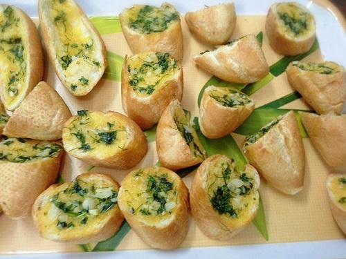 Cách làm bánh mì bơ tỏi thơm ngậy chỉ với 3 bước - 3