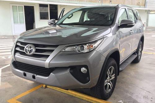 Toyota Fortuner 2017 sắp ra mắt Việt Nam có bản máy dầu - 1