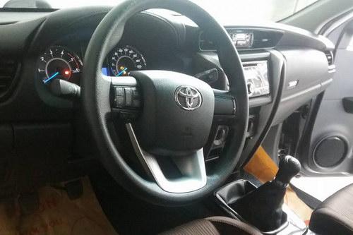 Toyota Fortuner 2017 sắp ra mắt Việt Nam có bản máy dầu - 3