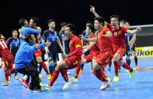 FIFA tôn vinh bóng đá Việt Nam với kỳ tích World Cup - 1