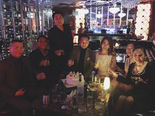 MC Thành Trung và vợ sắp cưới kỷ niệm 3 năm yêu lãng mạn - 2