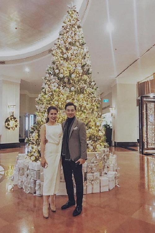 MC Thành Trung và vợ sắp cưới kỷ niệm 3 năm yêu lãng mạn - 5