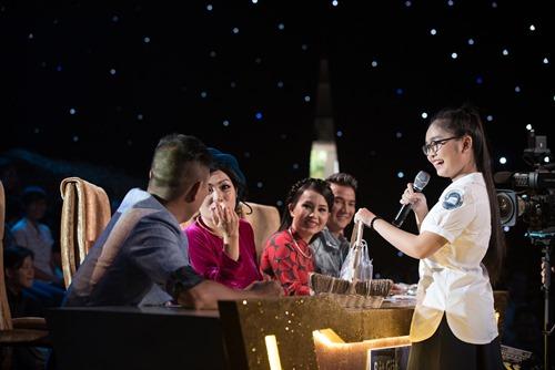 """Phương Thanh """"thả thính"""" chồng Cẩm Ly trên TV - 2"""