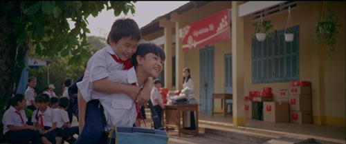 """Sao Việt nói về phim ngắn """"Góp tình trao tết"""" - 4"""